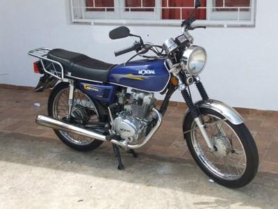 MONDIAL-CG-125-INPECABLE-CONSULTE-HAY-45-MOTOS-A-LA-VENTA_MLU-F-4159911464_042013-(COPIAR).JPG